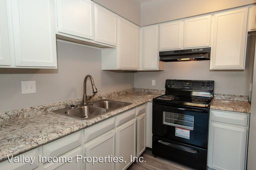 1 Bedroom 1 Bathroom Apartment for rent at 6324 N Black Canyon Hwy in Phoenix, AZ