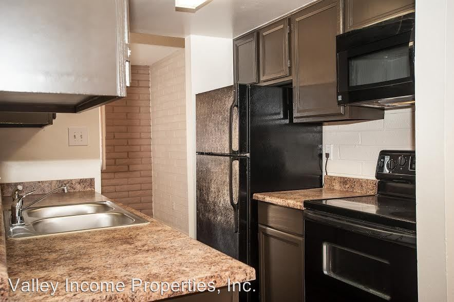 2 Bedrooms 1 Bathroom Apartment for rent at 6741 N 45th Ave in Glendale, AZ