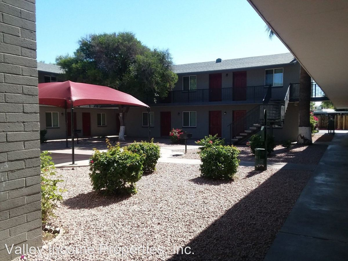 1 Bedroom 1 Bathroom Apartment for rent at 2929 N 36th St in Phoenix, AZ