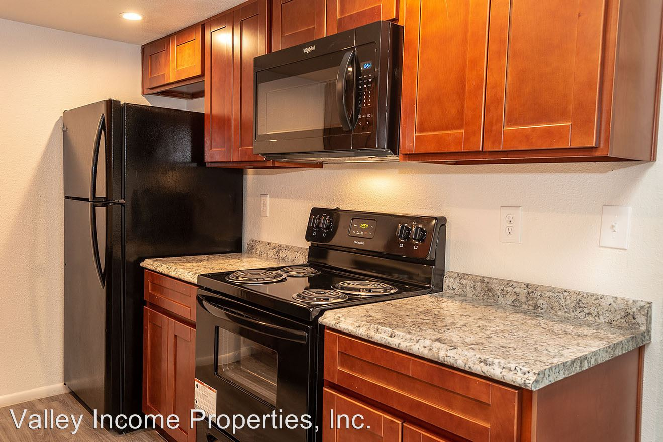 2 Bedrooms 2 Bathrooms Apartment for rent at 6527 N. 67th Ave. in Glendale, AZ