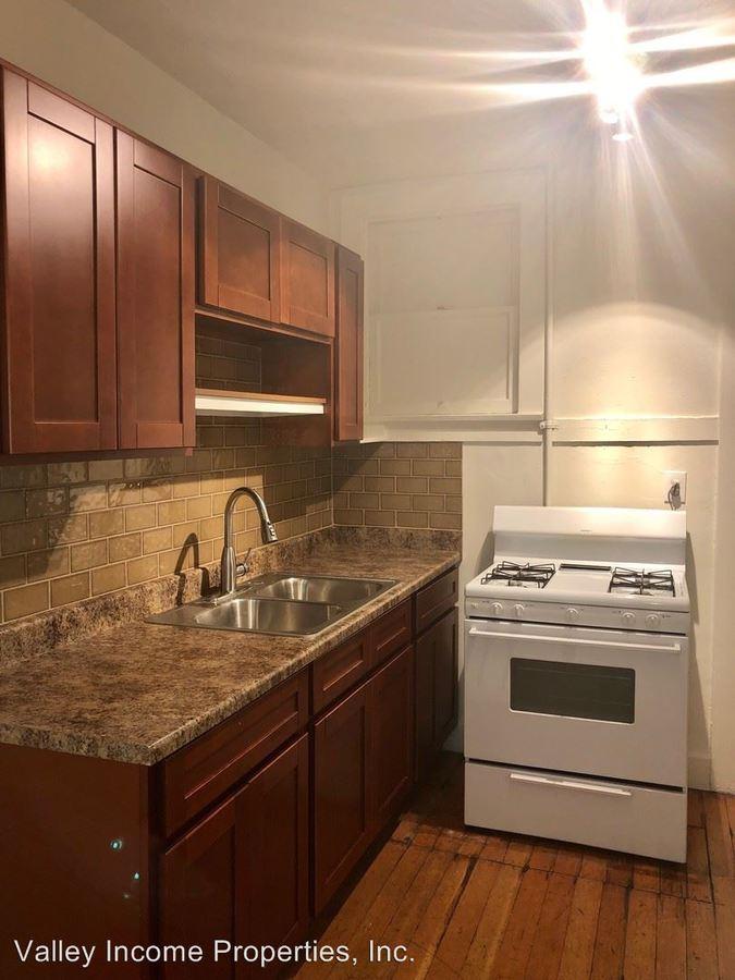 1 Bedroom 1 Bathroom Apartment for rent at 317 W Mcdowell Rd in Phoenix, AZ