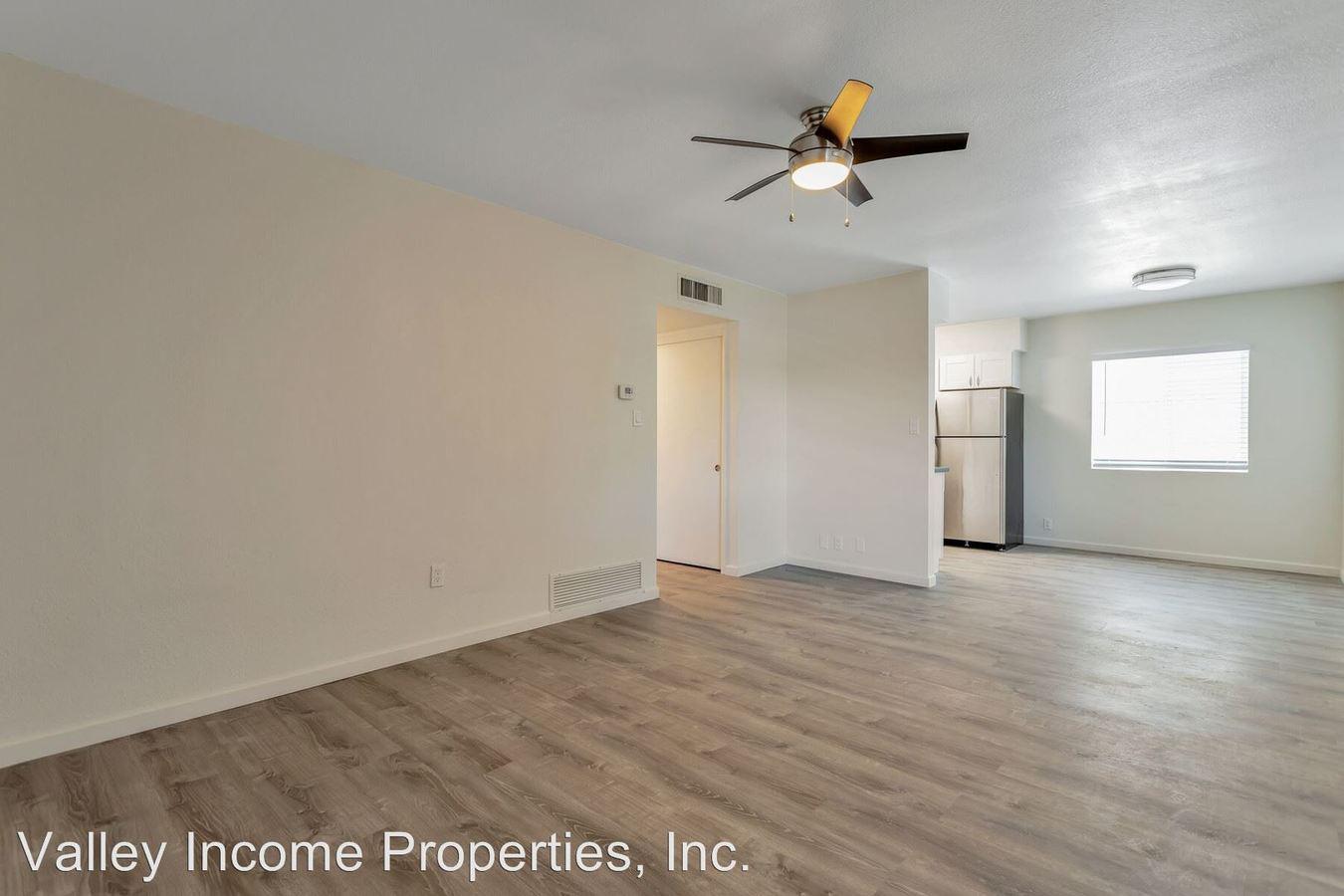 2 Bedrooms 2 Bathrooms Apartment for rent at 1939 W Berridge Lane in Phoenix, AZ