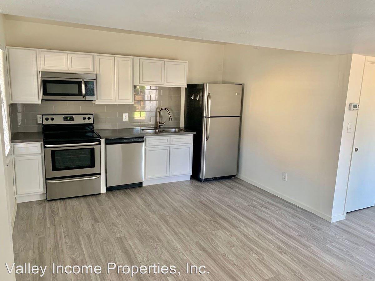 1 Bedroom 1 Bathroom Apartment for rent at 123 W Missouri Ave in Phoenix, AZ