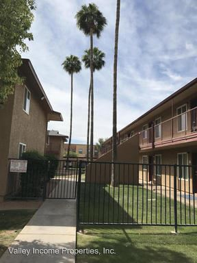 2 Bedrooms 1 Bathroom Apartment for rent at 1925 E Hayden Lane in Tempe, AZ