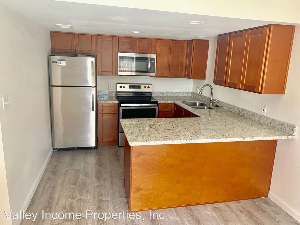2 Bedrooms 2 Bathrooms Apartment for rent at 2101 W Colter St. in Phoenix, AZ