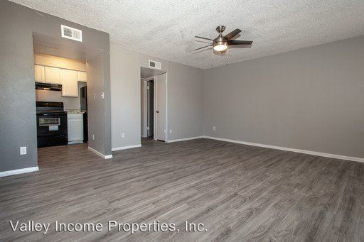 Studio 1 Bathroom Apartment for rent at 6324 N Black Canyon Hwy in Phoenix, AZ