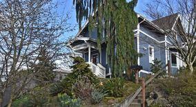 Similar Apartment at 1816 11th Ave W