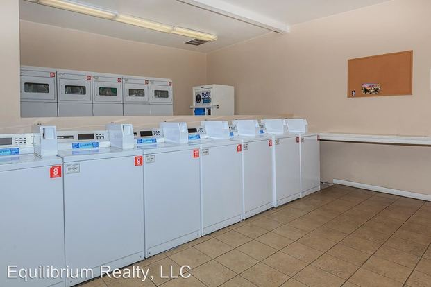 Studio 1 Bathroom Apartment for rent at 4250 East 29 Th Street 2020 S. Columbus Blvd in Tucson, AZ