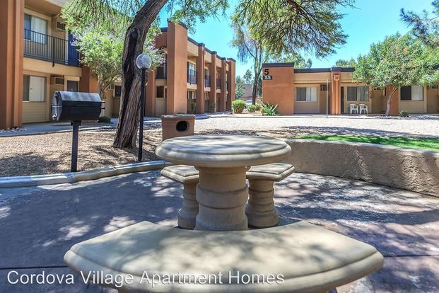 1 Bedroom 1 Bathroom Apartment for rent at 4250 East 29 Th Street 2020 S. Columbus Blvd in Tucson, AZ