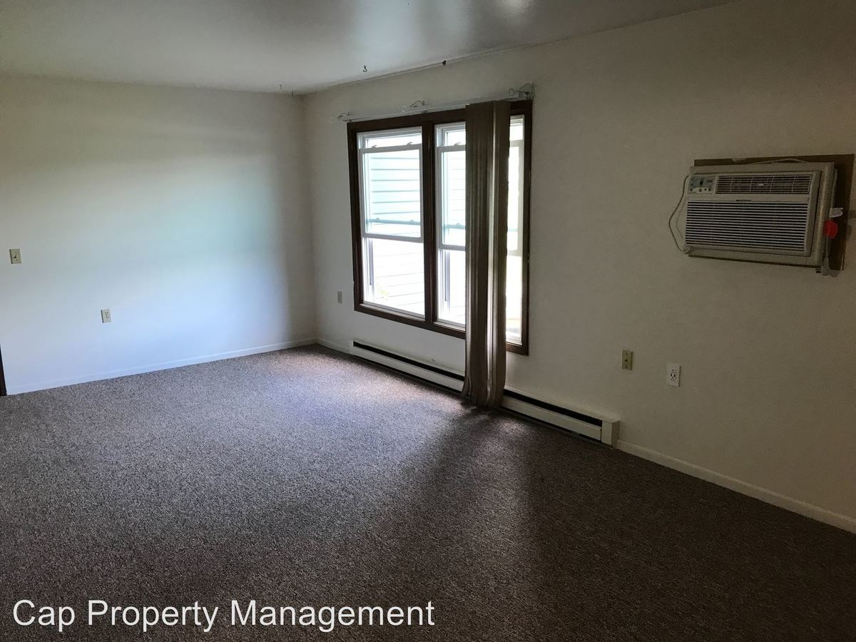 1 Bedroom 1 Bathroom Apartment for rent at 1608 Coolidge St in New Holstein, WI