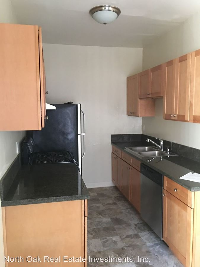 1 Bedroom 1 Bathroom Apartment for rent at 1006 S. Orange Dr. in Los Angeles, CA