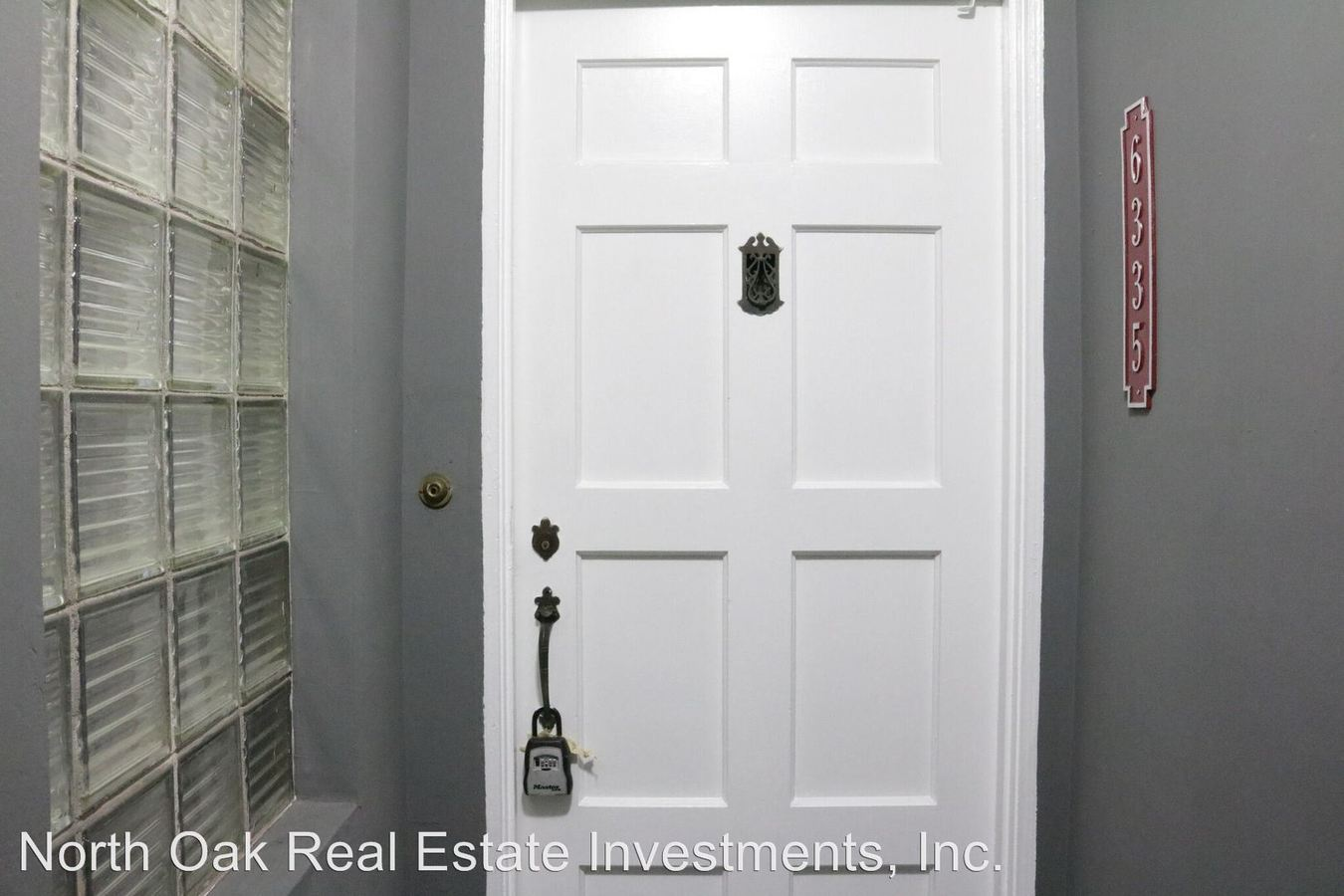 2 Bedrooms 1 Bathroom Apartment for rent at 6335, 6335 1/2, 6337 & 6337 1/2 Orange St. in Los Angeles, CA