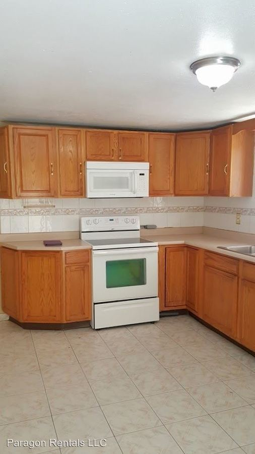 5 Bedrooms 2 Bathrooms Apartment for rent at 6464 S. Quebec St. Bldg 5 #425 in Centennial, CO