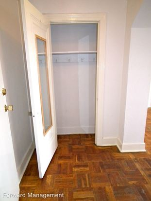 1 Bedroom 1 Bathroom Apartment for rent at 5649 Phillips Avenue in Pittsburgh, PA