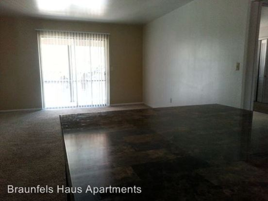 2 Bedrooms 1 Bathroom Apartment for rent at 730 Howard St. in New Braunfels, TX