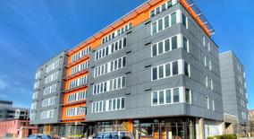 Similar Apartment at Square One Apartments