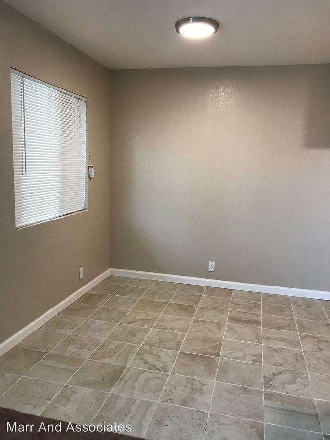 2 Bedrooms 1 Bathroom Apartment for rent at 3814 39th Ave. in Oakland, CA