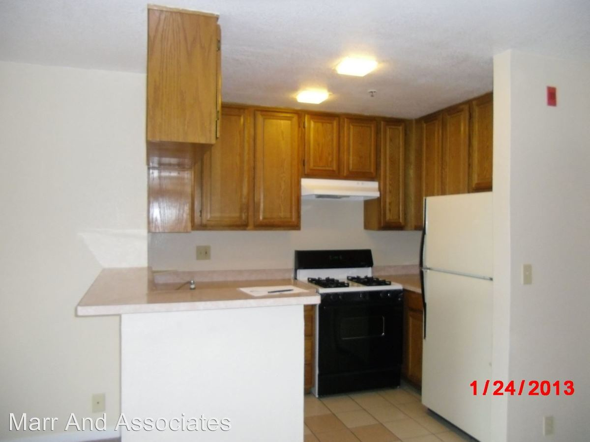 2 Bedrooms 2 Bathrooms Apartment for rent at 2943 Macarthur Blvd in Oakland, CA