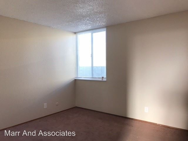 2 Bedrooms 1 Bathroom Apartment for rent at 955 - 959 Joaquin Ave. in San Leandro, CA