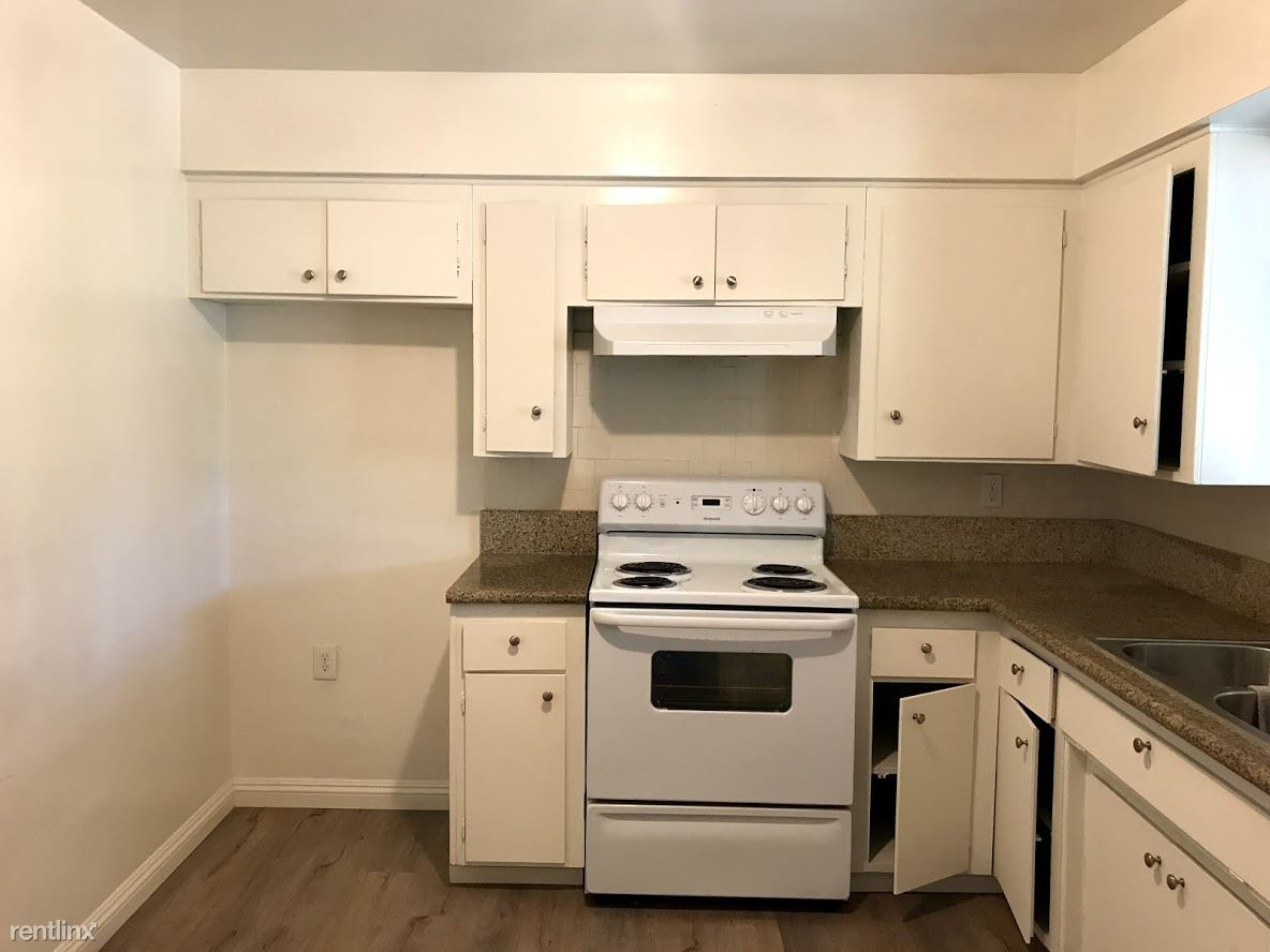 2 Bedrooms 1 Bathroom Apartment for rent at The Bahamas Apartments in Covina, CA