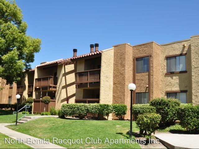 2 Bedrooms 1 Bathroom Apartment for rent at 2835 Alta View Drive in San Diego, CA