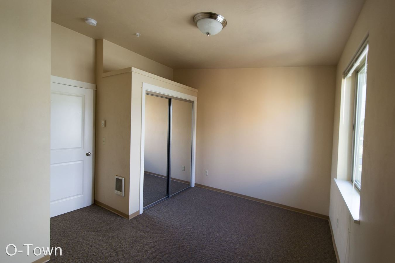 3 Bedrooms 2 Bathrooms Apartment for rent at 1777 Patterson St. 1-33 in Eugene, OR