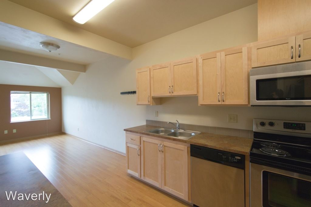 3 Bedrooms 1 Bathroom Apartment for rent at 648 E. 17th 1-20 in Eugene, OR