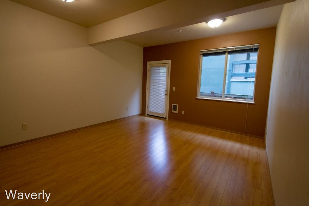 4 Bedrooms 2 Bathrooms Apartment for rent at 648 E. 17th 1-20 in Eugene, OR