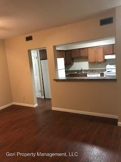 2 Bedrooms 1 Bathroom Apartment for rent at 1300 Florida in Edwardsville, IL