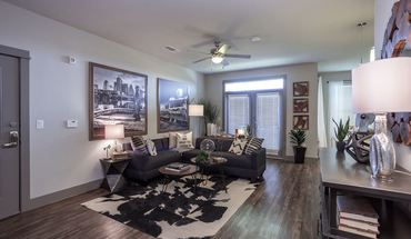 Similar Apartment at Southwest Parkway Property Id 1581591
