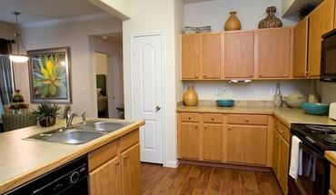 Similar Apartment at South I 35 Property Id 761298