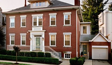 Similar Apartment at 6316-6318 Howe Street