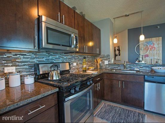 2 Bedrooms 2 Bathrooms Apartment for rent at 345 E Ohio St in Chicago, IL