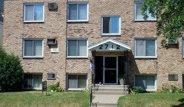 Similar Apartment at 2712 Pillsbury