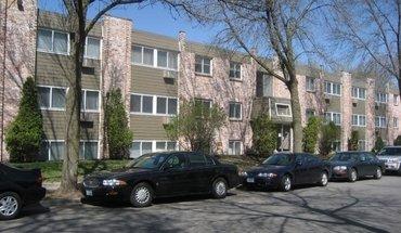 Similar Apartment at 3030 Irving