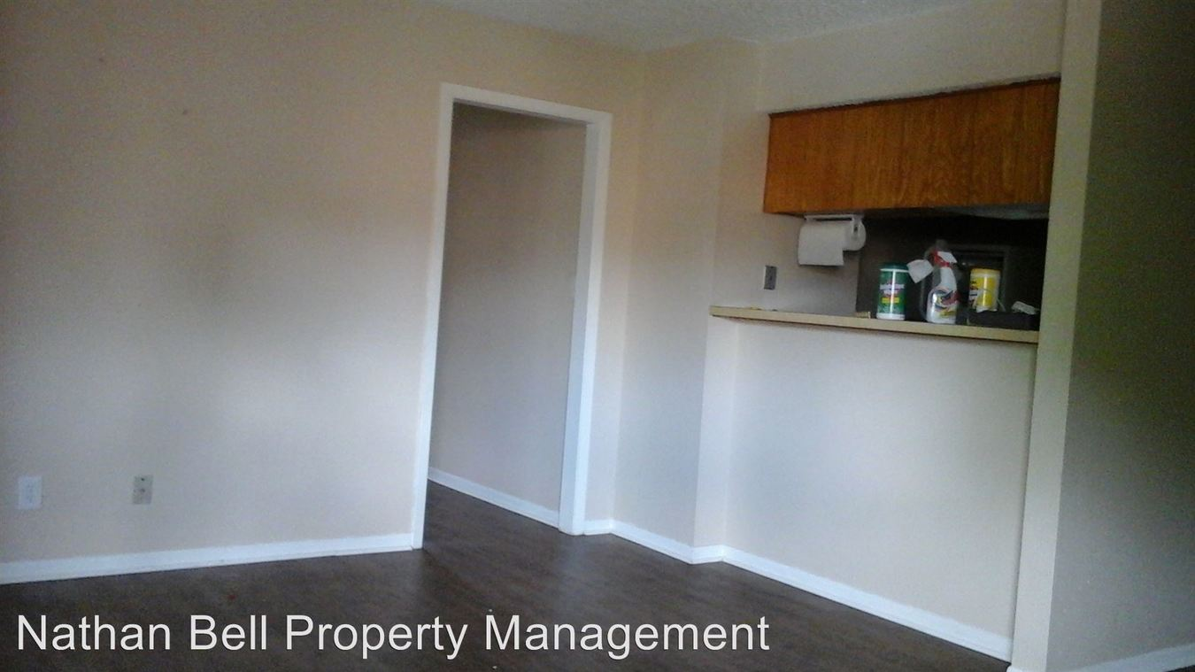 2 Bedrooms 1 Bathroom Apartment for rent at Bellcrest II Apts in Paris, TX