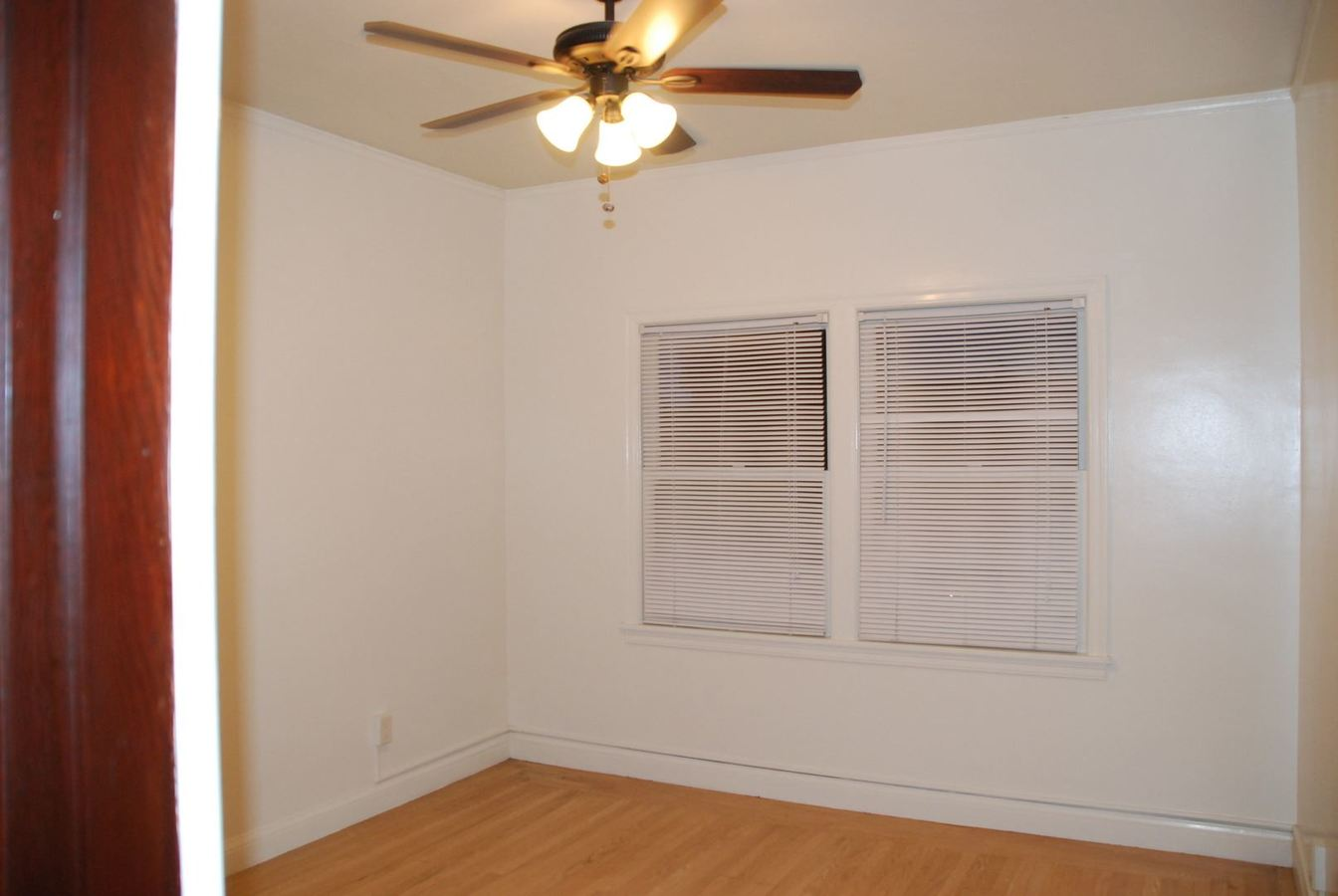 1 Bedroom 1 Bathroom Apartment for rent at 144 13th St. in Richmond, CA