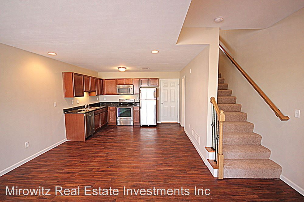 2 Bedrooms 2 Bathrooms Apartment for rent at Mcmenamy & Crown Square in St Peters, MO
