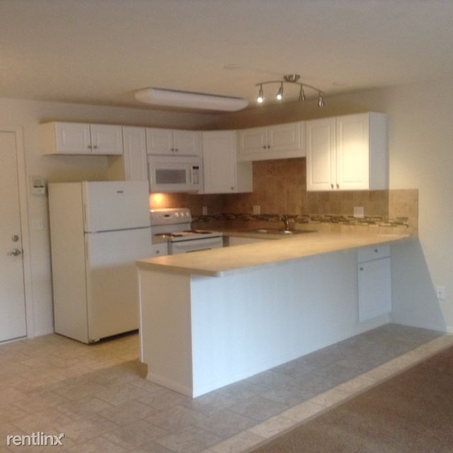 2 Bedrooms 1 Bathroom Apartment for rent at Liberty Circle Apartments in Lorain, OH