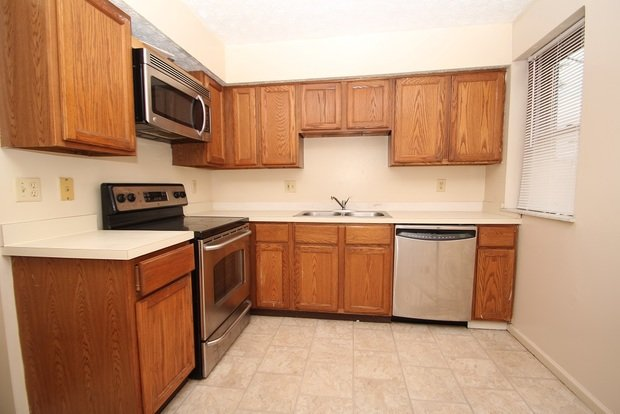 4 Bedrooms 1 Bathroom Apartment for rent at 100 Chittenden Avenue in Columbus, OH