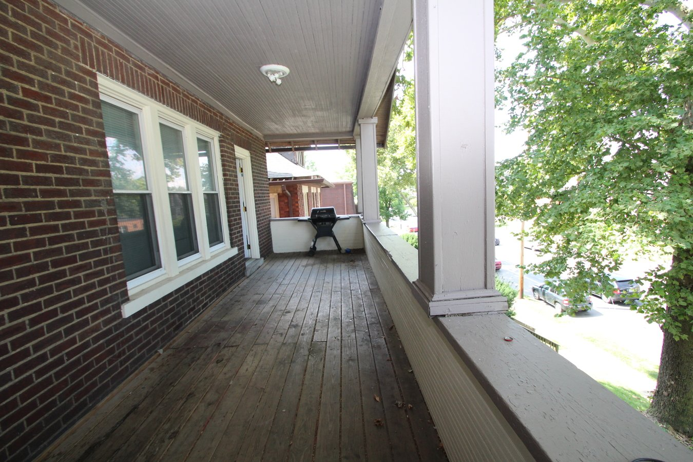 2 Bedrooms 2 Bathrooms Apartment for rent at 267-269 E. 15th in Columbus, OH
