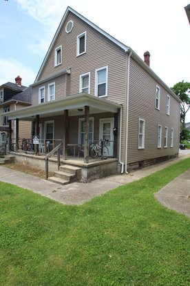 4 Bedrooms 1 Bathroom Apartment for rent at 56-58 W Patterson in Columbus, OH