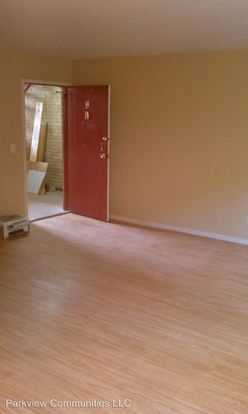 2 Bedrooms 1 Bathroom Apartment for rent at 3001 3009 Westwood Northern Blvd in Cincinnati, OH