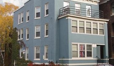 Similar Apartment at 207 N Pinckney St
