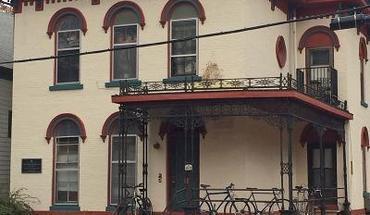 Similar Apartment at 215 N Pinckney St