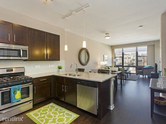 1 Bedroom 1 Bathroom Apartment for rent at 2300 S Michigan Ave in Chicago, IL