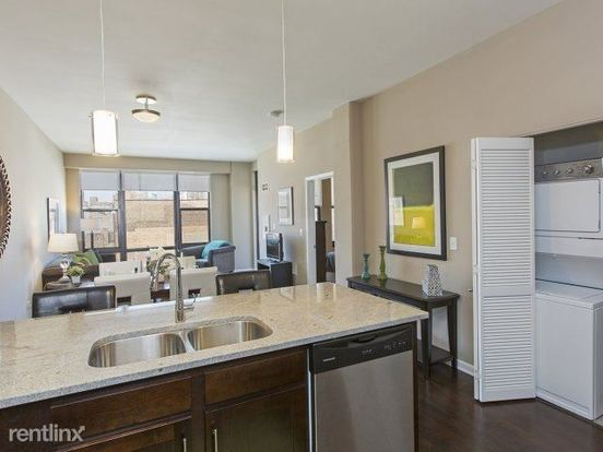 2 Bedrooms 2 Bathrooms Apartment for rent at 2300 S Michigan Ave in Chicago, IL