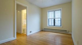 Similar Apartment at 2904 N Mildred 1 H