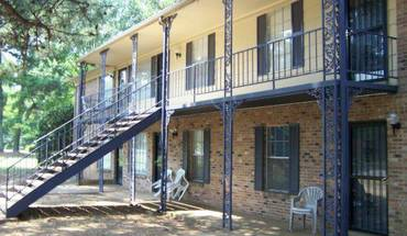 Similar Apartment at Raleigh Pines