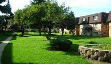 Heritage Village Pointe Condominiums
